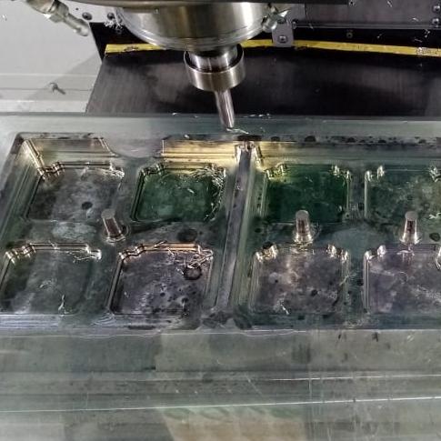 Desbaste cavidades molde termoformado